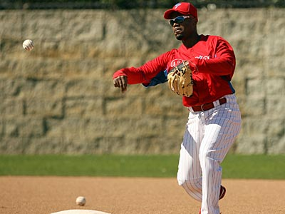 Jimmy Rollins played in only 88 games last season, the lowest in his 11-year career. (Yong Kim / Staff Photographer)