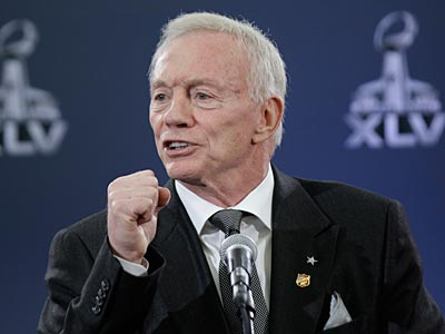 Cowboys owner Jerry Jones said he thought he had Nnamdi Asomugha. (David J. Phillip/AP Photo)