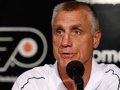Flyers general manager Paul Holmgren said he´s happy with his team. (Matt Slocum/AP)