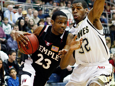 Ramone Moore and Temple take on Dayton Wednesday night. (David Duprey/AP)