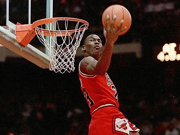 So, Sunday was Michael Jordan´s 50th birthday, so we take this occassion to steal some Jordan nuggets. (John Swart/AP file photo)