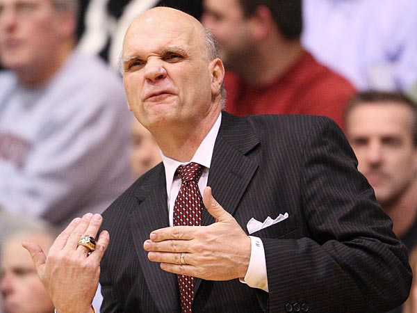 St. Joseph&acute;s head coach Phil Martelli calls plays against Butler<br />during the second half in Philadelphia, Wednesday, January 9, 2013.<br />Butler wins 72-66. (  Steven M. Falk / Staff Photographer )