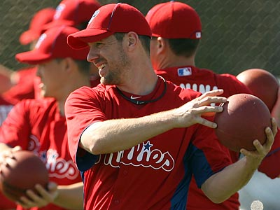 """I´m perfectly fine and right with everyone else. It´s not really a major issue,"" Cliff Lee said about his muscle strain. (Yong Kim/Staff Photographer)"