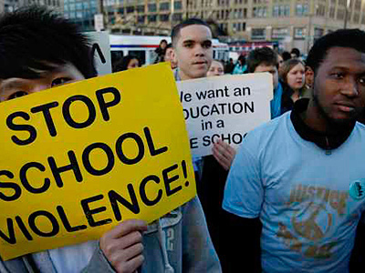 Philadelphia students marched in a protest against school violence last year. (File Photo / Staff)