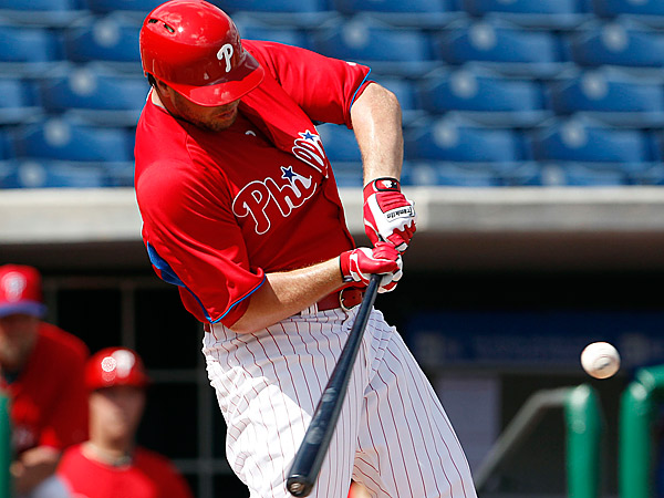 Phillies&acute; outfielder Darin Ruf hits a second-inning double during a<br />Friday&acute;s intrasquad game. (Yong Kim/Staff Photographer)