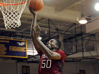 Michael Eric goes up for two points during Temple´s 80-79 overtime win over La Salle on Wednesday night. (Alex Brandon/AP)