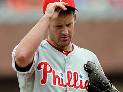 Starter Roy Oswalt has signed with the Rangers, according to a report. (Eric Risberg/AP file photo)