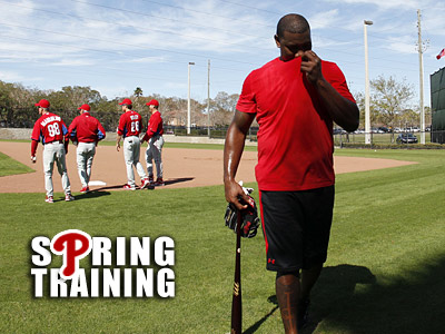 """Hitting is the easiest thing,"" said Kevin Frandsen when asked about Ryan Howard´s recovery. (Yong Kim/Staff Photographer)"
