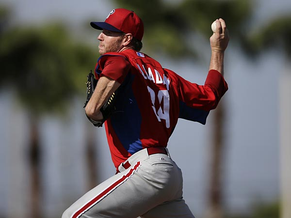 Philadelphia Phillies´ Roy Halladay in action during a workout at baseball spring training, Thursday, Feb. 21, 2013, in Clearwater, in Fla. (AP Photo/Matt Slocum)