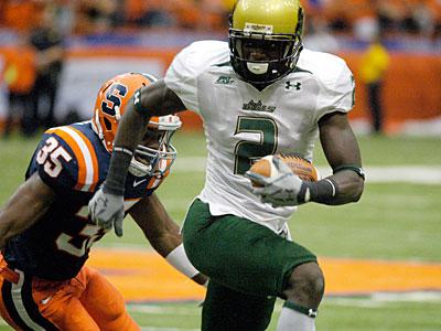 South Florida WR Carlton Mitchell looks to impress at the combine. (AP photo / Kevin Rivoli)