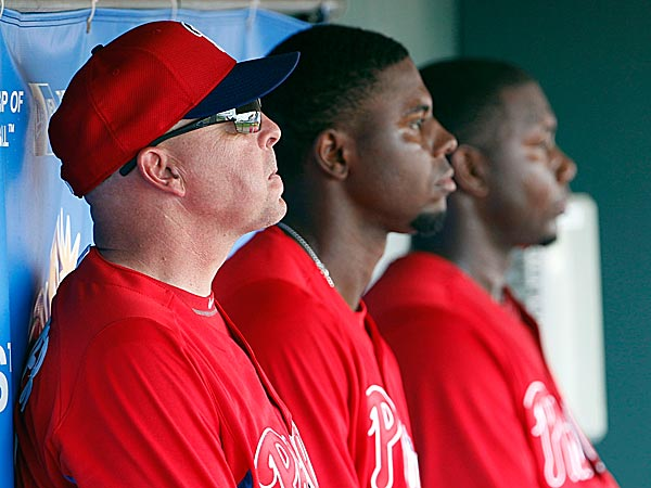Former Phillies hitting instructor Wally Joyner (far left). (Yong Kim/Staff file photo)