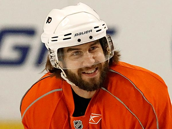 When Simon Gagne rejoins the Flyers he will do so as the player with the 10th-most regular season games played in club history. (Nam Huh/AP file photo)