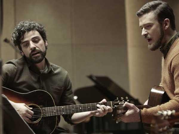 "Oscar Isaac and Justin Timberlake in ""Inside Llewyn Davis."""