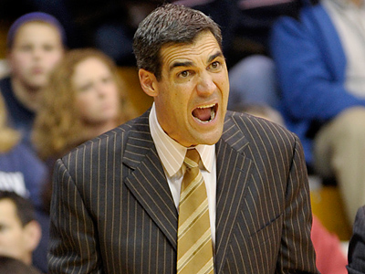 Villanova coach Jay Wright will look to lead his team to a victory over Syracuse. (AP Photo / Bradley C. Bower)
