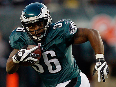Brian Westbrook has expressed an interest in returning to the Eagles. (AP Photo/Mel Evans, File)<br />