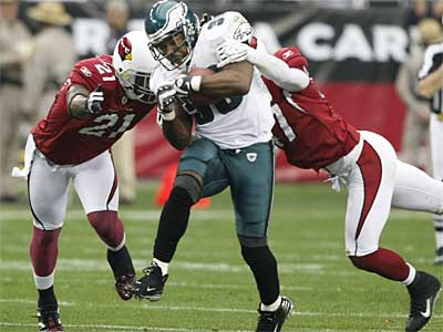 Eagles running back Brian Westbrook, pictured during the NFC championship game, had minor offseason knee surgery. (Ron Cortes / File photo)