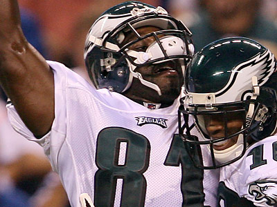 Jason Avant set career highs with 41 catches for 587 yards and three touchdowns in 2009. (Yong Kim/Staff file photo)