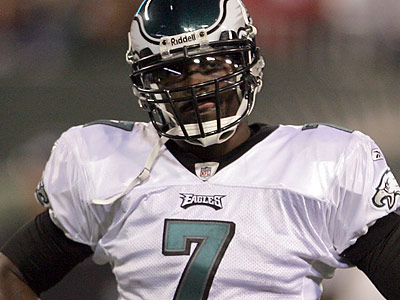 The Eagles will pick up the roster bonus that was due to Michael Vick by Tuesday, according to team sources. (Yong Kim/Staff file photo)