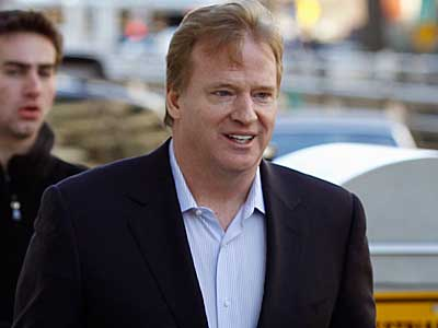 The NFL and the players´ union will have an additional 24 hours to reach an agreement. (Alex Brandon/AP)