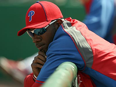 Domonic Brown suffered a fractured hand in today´s game against the Pirates. (Yong Kim/Staff Photographer)