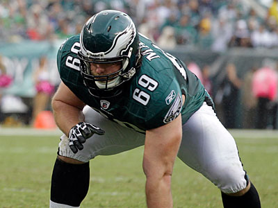 Evan Mathis is scheduled to become an unrestricted free agent this Tuesday. (Julio Cortez/AP)