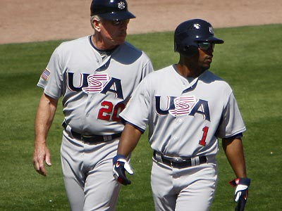 Jimmy Rollins and Mike Schmidt represented the United States in the 2009 World Baseball Classic. (Eric Mencher/Staff File Photo)