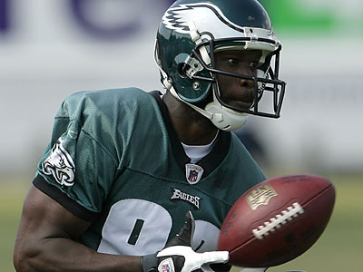 Ex-Eagles wide receiver Reggie Brown has been released by the Bucs. (Yong Kim/Staff file photo)