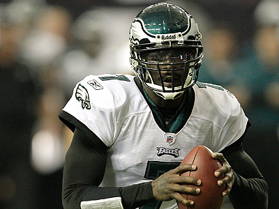 Will Michael Vick be happy if the Eagles keep him in the same role next season? (David Maialetti / Staff Photographer)