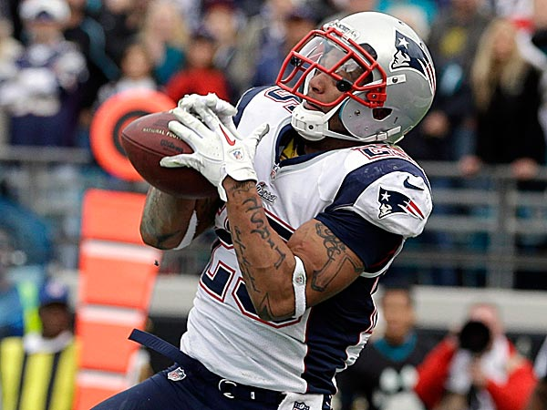 The Eagles signed Patrick Chung to a three-year deal. (John Raoux/AP file photo)