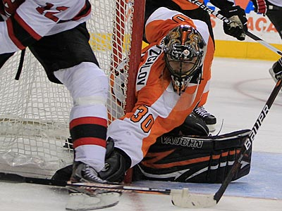 Bryzgalov Shuts Out Devils, Ties Flyers Record With Third In A Row