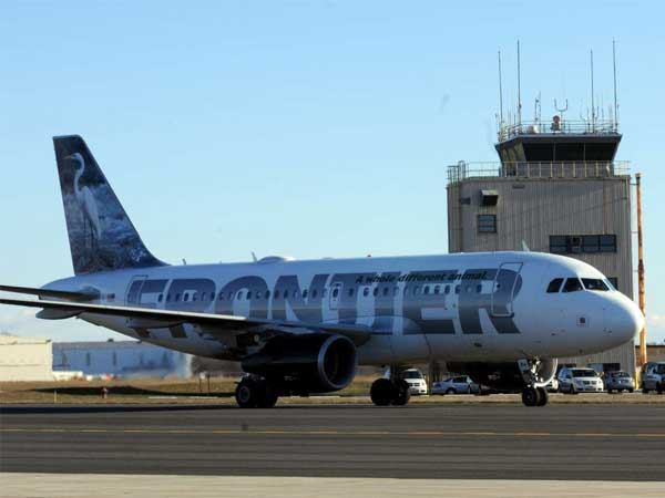 Frontier Airlines flies to five cities from Trenton-Mercer Airport. (April Saul / Staff Photographer)