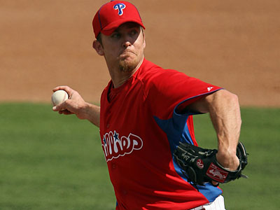 """It´s nothing,"" Phillies pitching coach Rich Dubee said of Brad Lidge´s sore arm. (Yong Kim/Staff file photo)"