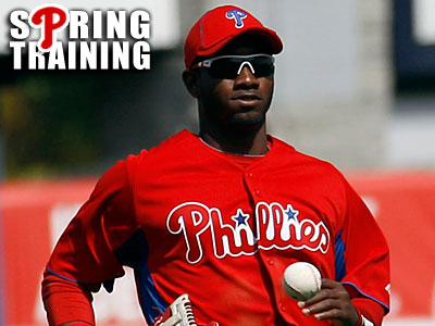 Domonic Brown already missed five spring training games with a sprained thumb. (Yong Kim/Staff Photographer)