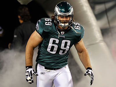 Left guard Evan Mathis has reportedly been offered a deal by the Ravens. (Alex Brandon/AP Photo)