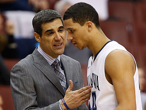 Villanova head coach Jay Wright and guard Josh Hart. (Ron Cortes/Staff Photographer)
