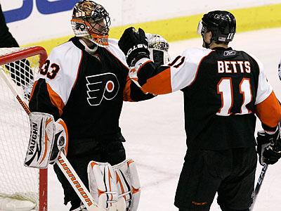 Boucher, Gagne Lead Flyers Over Stars | Philadelphia Inquirer | 03/19/2010