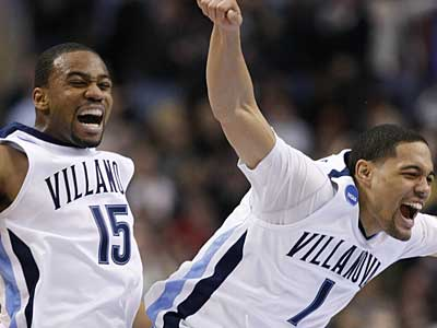 Villanova´s Reggie Redding (15) and Scottie Reynolds (1) celebrate in the first half against UCLA. The Wildcats had a 44-31 lead at halftime. (Ron Cortes / Staff Photographer)