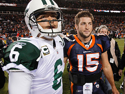 Tim Tebow and Mark Sanchez are now teammates. (Barry Gutierrez/AP file photo)