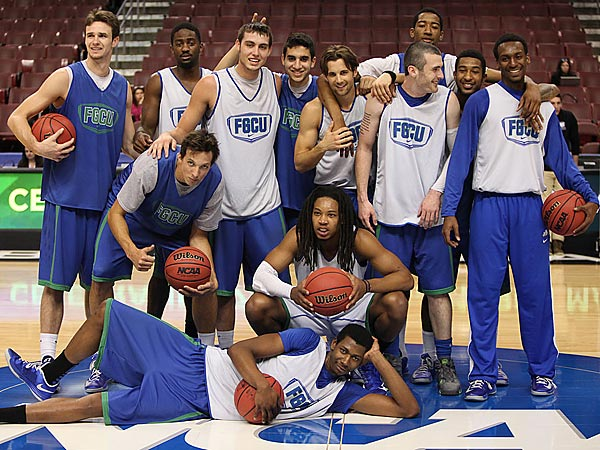 Florida Gulf Coast basketball team. (Steven M. Falk/Staff Photographer)