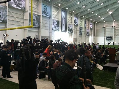 Media gather for Tim Tebow´s press conference in New York. (Photo by Marcus Hayes)