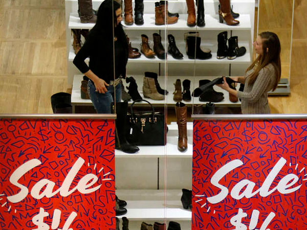 An Aldo store outside Pittsburgh. Uptick in retail sales in Feb. shows consumer spending has started to recover from the year´s snowstorms and frigid weather. (Gene J. Puskar  / Associated Press)