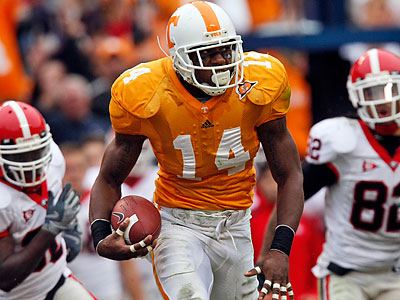 Tennessee star Eric Berry was scheduled to visit the Eagles for a workout. (Wade Payne/AP file photo)