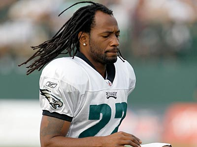 """My heart goes out to [Andy Reid] and his family and all of Eagle Nation,"" former Eagle Asante Samuel said. (Yong Kim/Staff file photo)"