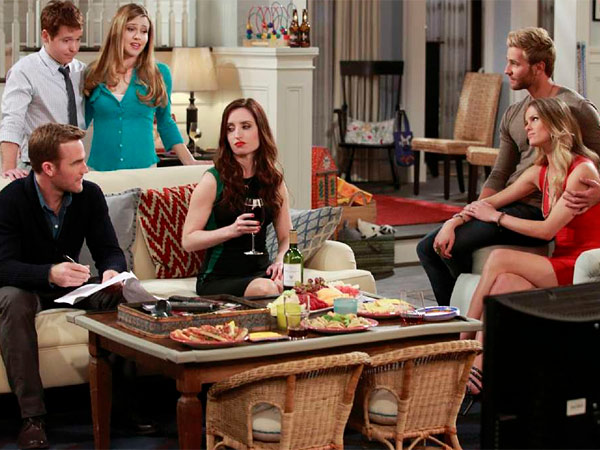 "The cast of ""Friends with Better Lives"" (from left) James Van Der Beek (seated), Kevin Connolly, Majandra Delfino, Zoe Lister-Jones, Rick Donald, and Brooklyn Decker. (CBS)"