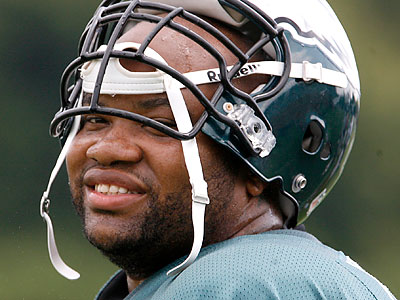 Eagles guard Stacy Andrews said he´s ready to go this year. (Charles Fox/Staff file photo)