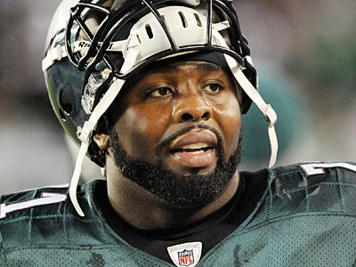Jason Peters originally injured himself on March 27 while working out in Texas. (Clem Murray/Staff file photo)
