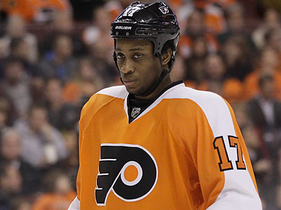 Wayne Simmonds was not happy about racist tweets directed at Washington´s Joel Ward. (Matt Slocum/AP file photo)