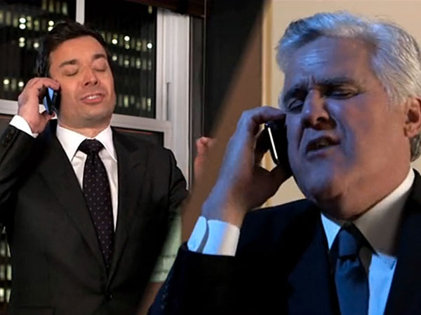 Jimmy Fallon and Jay Leno team up and sing of ´Tonight´ show turmoil.