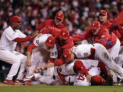 The Phillies celebrate their World Series win in 2008. (Yong Kim/Staff Photographer)