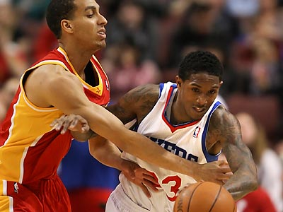 "Lou Williams will be out ""indefinitely"" after suffering a hamstring injury Saturday against the Bucks. (Steven M. Falk/Staff Photographer)"